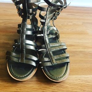 Banana Republic leather Metallic Gladiator sandals